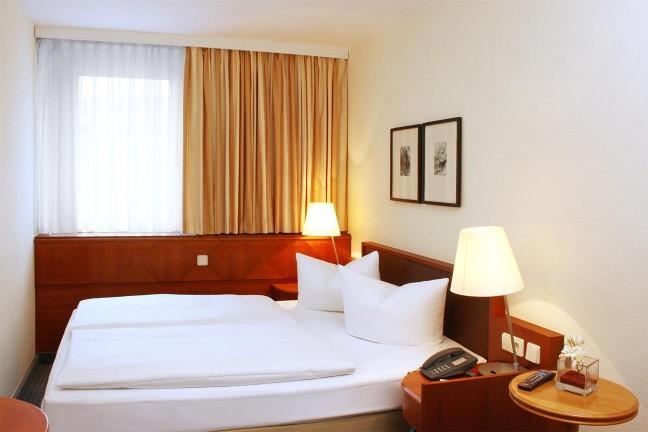 zimmer_sider_0003_Komfort-Zimmer-Doppelzimmer.jpg-e1414747911752